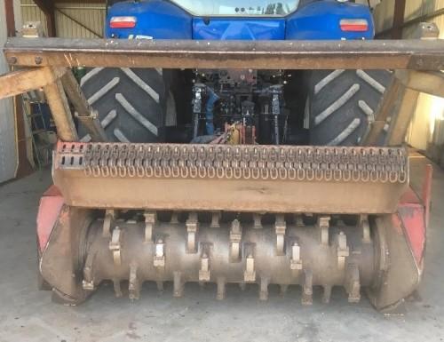 Interventions Eval : Gyro broyeur sur tracteur NH